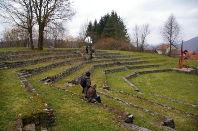Amfiteatar u Lukovdolu