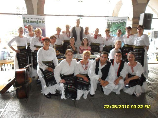 Folklorna skupina Moravice u Venzoni