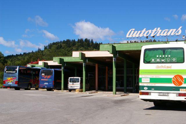 Autobusni kolodvor u Delnicama
