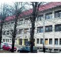 Delnička srednja škola