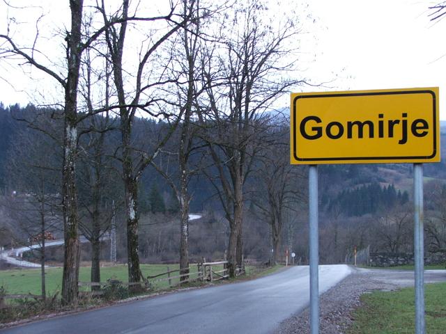 Na područjima Mjesnih odbora Moravice, Gomirje i Ljubošina biti će postavljene dvojezične table sa latiničnim i ćiriličnim pismom