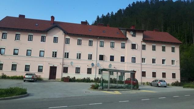 zgrada 1